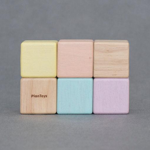 PLANTOYS-5257-fejleszto-kocka-keszlet-pasztell-06